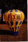 custom-giant-balloon-lennar